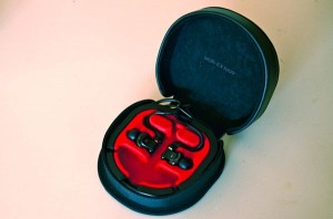 SONY MDR-EX1000 carrying case